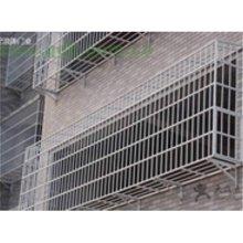 空调防盗网拆卸(1)