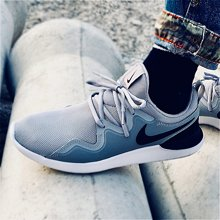 Nike耐克男鞋休闲鞋 TESSEN减震跑步透气男子运动鞋AA2160-002