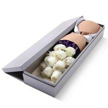 真爱如初----玫瑰礼盒,白玫瑰11枝,勿忘我适量[花礼网鲜花]