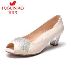 富贵鸟女鞋 浅口单鞋女中跟粗跟时尚水钻鱼嘴鞋 K79E069C