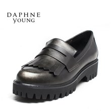 Daphne/达芙妮16秋季新款女厚底松糕鞋时尚平跟流苏鞋