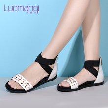 洛曼琪夏新款女鞋 罗马学院风露趾平底低跟铆钉女凉鞋723036