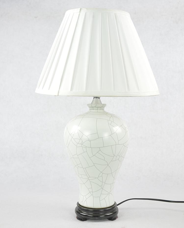 中式台灯现代简约创意欧式卧室床头龙泉裂纹釉陶瓷台