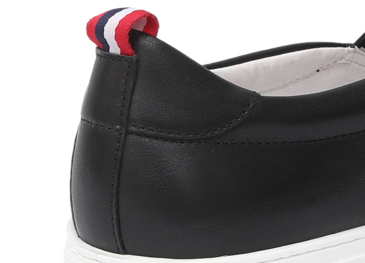 鳄鱼恤 休闲鞋(花纹.白底)男鞋 43722-43-黑色
