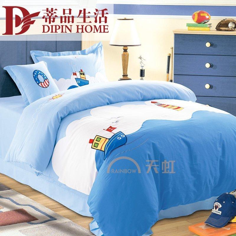 蓝色欧式床头配床单图片