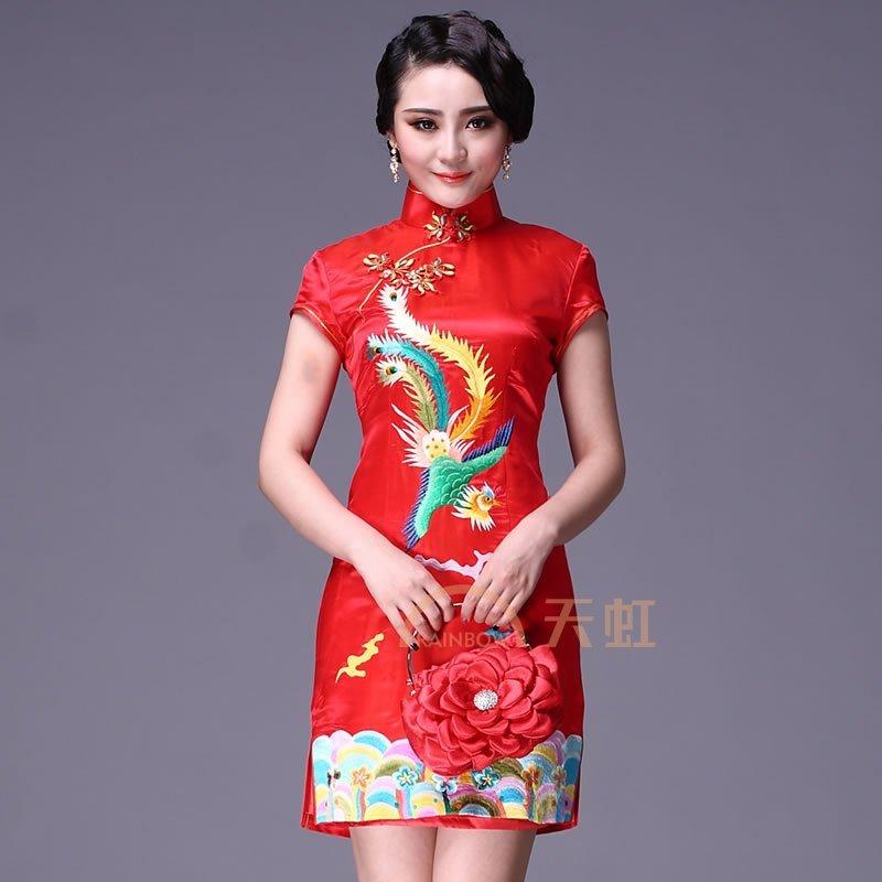 新娘旗袍礼服背面图片