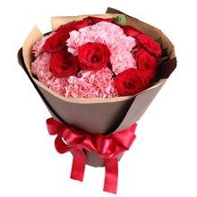 你的笑靥-----13枝粉康乃馨,9枝红玫瑰