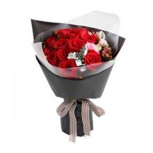 缪斯女神----红玫瑰16枝,红豆5枝,粉色桔梗1枝,银叶菊2枝