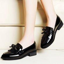 莱卡金顿 英伦风女鞋新款休闲流苏平跟漆皮单鞋女潮浅口低跟工作鞋 LK/6002