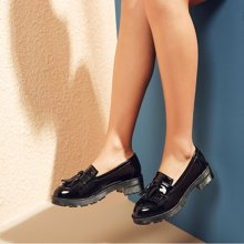 honeygirl休闲女鞋漆皮英伦小皮鞋流苏平底乐福鞋一脚蹬厚底平跟女单鞋TMHG16CDWZ-XN201