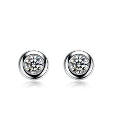 佐卡伊 简约款波点18k金钻石耳钉正品时尚耳饰 三色可选 送女友