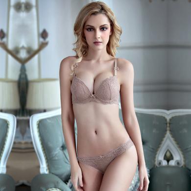 妃孕寶 深V聚攏文胸新款上薄下厚上托胸罩性感蕾絲少女內衣透視內褲套裝
