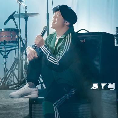 adidas Originals阿迪三葉草2019男子陳奕迅同款休閑寬松長袖翻領外套夾克EJ7109