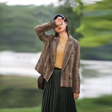 BANANA BABY2019秋冬款复古英伦风羊毛格纹西装外套女小西服上衣D294WT156