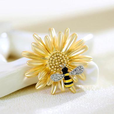 盈滿堂 別致甜美雛菊小蜜蜂女士胸針時尚清新別針胸花衣服配飾