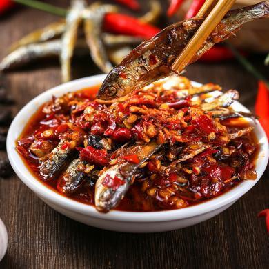 良家小品 農家柴火魚剁辣椒河魚仔豆豉罐裝火焙魚香辣毛毛魚下飯菜