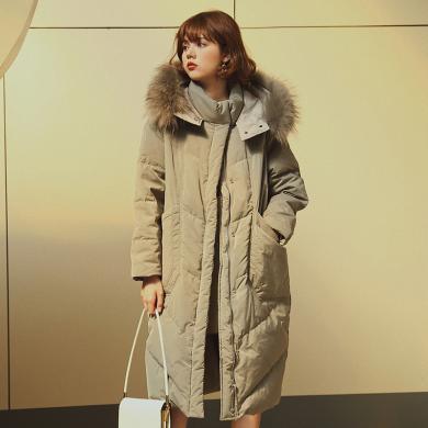 BANANA BABY2019冬季新款韩版加厚白鸭绒宽松中长款连帽羽绒服女D294YR251