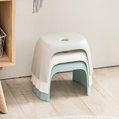 佐敦朱迪环保材质塑胶凳 客厅家用简约加厚塑料板?#21490;?#28369;矮凳儿童成人小板凳