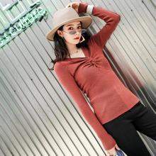 新品 七格格 v領針織衫秋季新款女裝2018韓版交叉打結修身顯瘦打底上衣