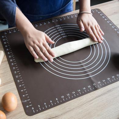 摩登主婦食品級揉面硅膠墊搟面墊家用大號防滑烘焙案板不沾和面板