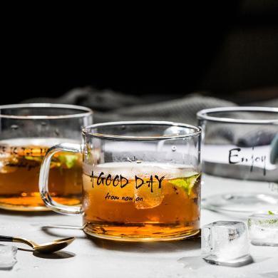 摩登主妇日?#37233;?#24847;玻璃马克杯茶杯字母玻璃杯家用杯子水杯饮品杯