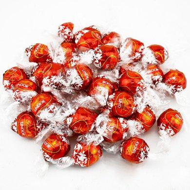 lindt瑞士蓮巧克力軟心球500g 喜慶紅幼滑軟心牛奶巧克力夾心喜糖巧克力球散裝批發