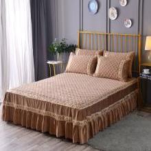羽芯家纺 保暖舒适古典优雅雕花水晶绒夹棉床裙(配枕套)