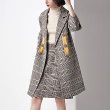 法米姿 秋冬2018新款女裝流行格子復古撞色中長款繭型千鳥格毛呢大衣外套 68310