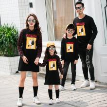 ocsco 春秋裝新款親子裝拼接假兩件母女連衣裙家庭裝卡通印花衛衣單件上衣