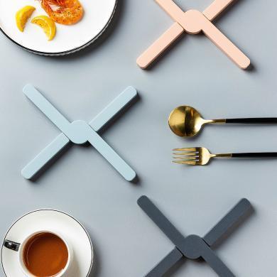 摩登主妇可折叠盘子垫子隔热垫家用防烫桌垫碗菜垫子硅胶耐热锅垫
