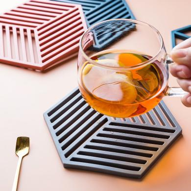 摩登主妇耐高温家用餐桌垫防烫垫锅垫杯垫盘垫菜垫子碗垫子隔热垫