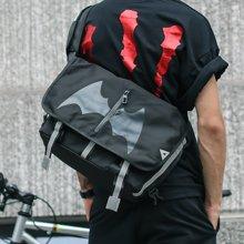 香炫儿XIASUAR 单肩包男休闲斜挎包蝙蝠邮差包时尚个性韩版包包男士单肩包