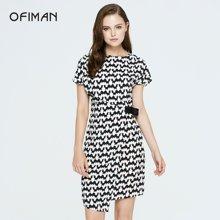 Ofiman奥菲曼女装夏季新款黑色腰侧搭扣中长款修身气质短袖连衣裙B2-S7746-DI