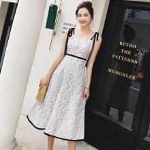 搭歌2019新款夏裝時髦時尚修身顯瘦細帶蝴蝶結中長款蕾絲連衣裙女A2101