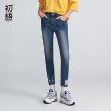 初语2018春季新品 磨白破洞猫须字母贴布牛仔裤8811815009