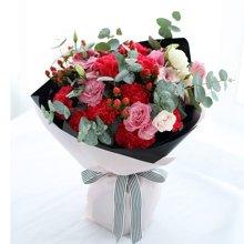 相思紅----紅色康乃馨11枝,粉色桔梗4枝