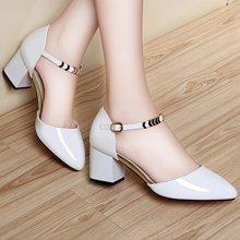 萊卡金頓 萊卡金頓春秋新款單鞋一字扣高跟粗跟女鞋子尖頭中跟漆皮小皮鞋潮 LK/6190