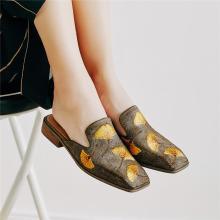 青婉田銀杏刺繡方頭穆勒鞋女新款秋季真皮個性無后跟懶人鞋女X18QD0977