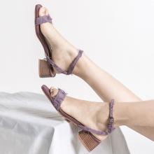 青婉田日系一字帶涼鞋女新款中跟名媛風夏季女鞋粗跟露趾百搭Y19XL1208