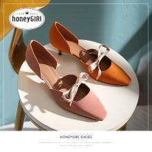 honeyGIRL法式少女高跟鞋尖头细跟2019新款春季网红中跟单鞋百搭 HG19SP341XT520