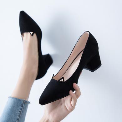 (預售)MIJI2019新款尖頭V口高跟鞋女粗跟絨面職業中跟單鞋女鞋CD-LYFN-Y1-6