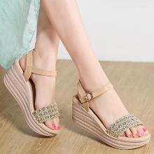 夏季新款水鉆涼鞋女士厚底防水臺一字帶露趾涼鞋LS-B1805