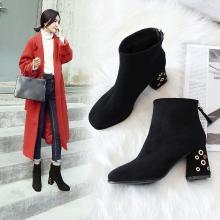 阿么绒面高跟短靴时尚方头粗跟女靴2018秋冬新款马丁靴复古时装靴