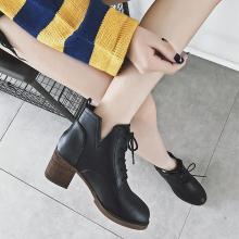 MIJI红人联名秋冬靴子女新款短靴女高跟系带马丁靴女粗跟英伦风女鞋SH3088