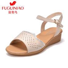 富贵鸟女鞋坡跟凉鞋女休闲镂空透气妈妈凉鞋平底 N79D766C