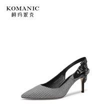 柯玛妮克 2018夏季新款格子布一字扣带高跟鞋凉鞋细跟后空女鞋子K82453