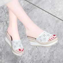 古奇天倫 夏季新款露趾坡跟女拖鞋一字式純色鏤空女防水臺涼鞋子女 GQ/9534