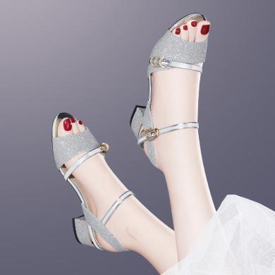 金絲兔夏季韓版一字扣帶露趾涼鞋百搭粗跟中空鞋亮片女士中跟涼鞋子