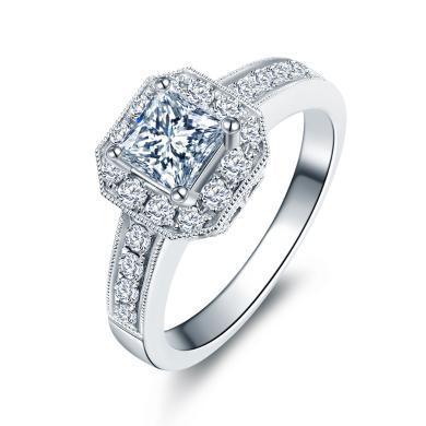 佐卡伊白18k金公主方群鑲顯鉆款鉆戒女專柜正品求婚結婚女戒婚戒 預售