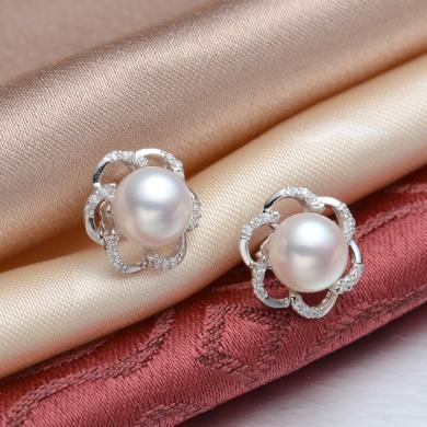 京潤盛放 9-10mm白色飽滿淡水珍珠耳釘耳飾 S925銀鑲 銀泰同款